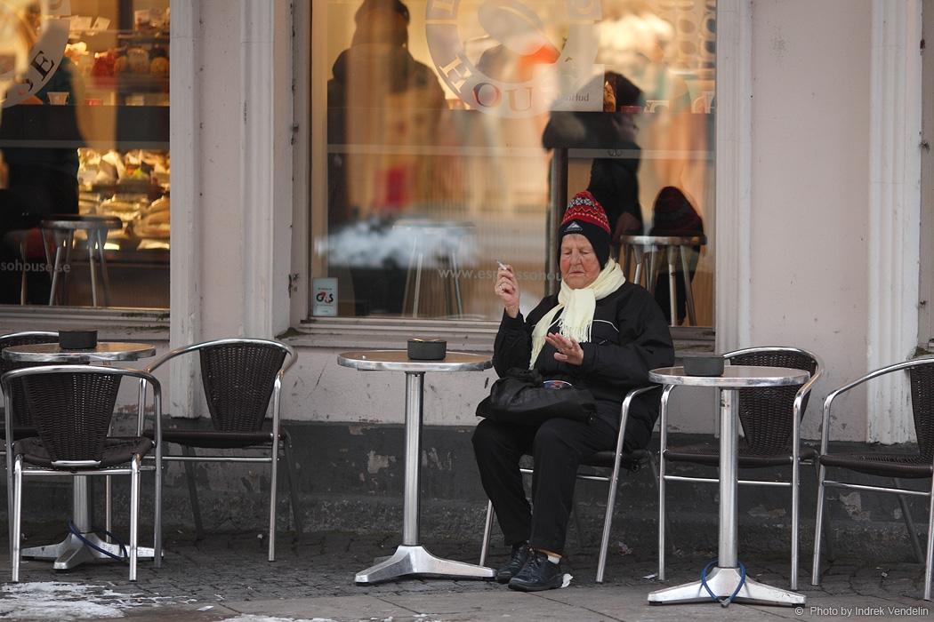 Jalutuskäik Malmös. Proua soovib maniküüri
