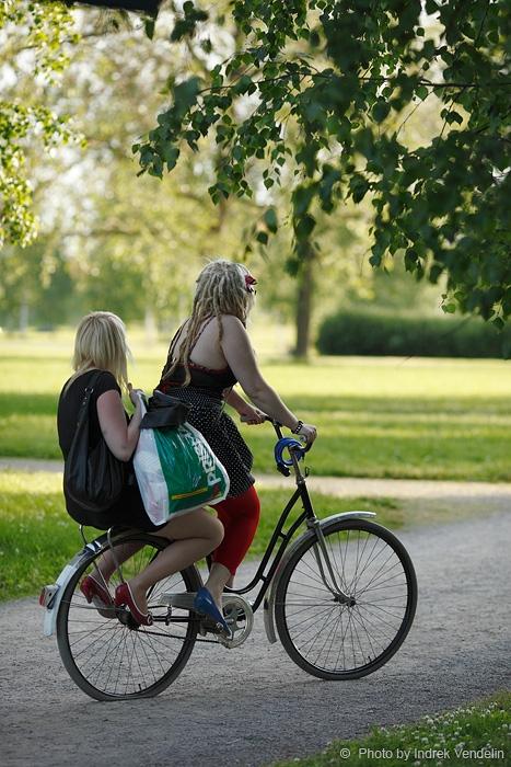 Jalutuskäik Poris. Transport
